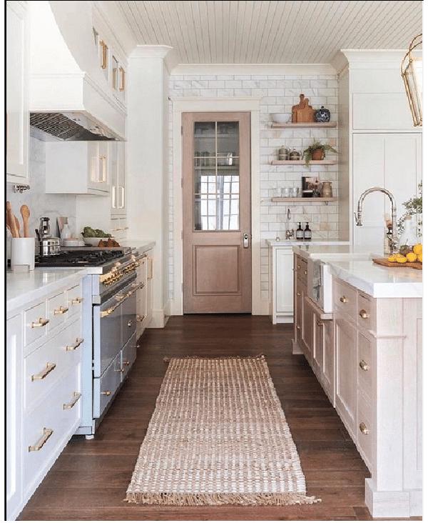 classic white farmhouse kitchen design